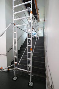 Kit de escalera para torres móviles
